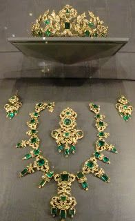 Emerald and Diamond parure belonging to the Danish Monarchy. It is housed in the royal treasury at Rosenborg Castle, Copenhagen.