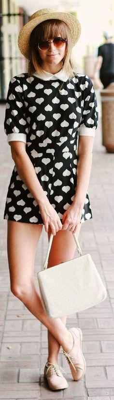 Sheinside Black And White Women's Contrast White Collar Cute Heart Print Romper