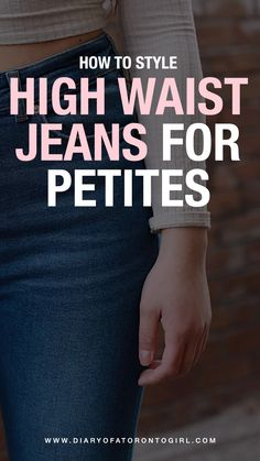 As someone who's I'm all about high waisted jeans. Here's how to wear high waisted jeans for petite women! How To Wear High Waisted Jeans, High Waist Jeans, Skinny Thighs, Toronto Girls, Toronto Travel, Petite Jeans, Petite Women, Small Waist, Jeans Style