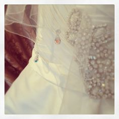 Crystal Drop Veil #Beautiful #Sparkle  The Bridal Room Atherstone | www.TheBridalRoomAtherstone.co.uk |  E: Info@TheBridalRoomAtherstone.co.uk | T: 01827 767 080
