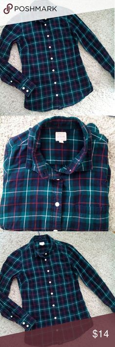 J crew perfect shirt in Plaid You would love this J crew perfect shirt it features precisely placed darts  for a slimming waist defining fit . Cotton  long roll up sleeves  So must prettier in person. J. Crew Tops Button Down Shirts