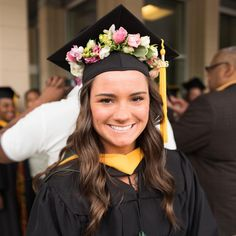 "131 Likes, 5 Comments - Fleurtacious Designs (@fleurtacious_designs) on Instagram: ""Graduation Cap Flower Crown! Congrats Meghan! #2016grad #gradcap #gradcapswag #fleurtaciousdesigns…"""