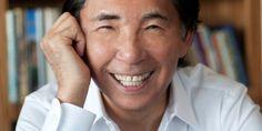 Sapo Lifestyle: A AVON acabou de anunciar a sua nova parceria global, que conta com o designer de renome internacional, Kenzo Takada