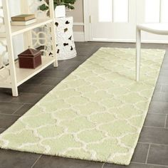 Safavieh Cambridge Leonard Hand-Tufted Wool Runner Rug, Beige