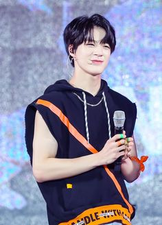 Find NCT Fashion & NCT Clothes for an affordable price Taeyong, Nct U Members, Nct Dream Members, Jaehyun, Winwin, Nct 127, Stage Outfit, Yuta, Daddy Long