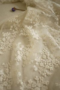 Ivory-Lace-Fabric-Floral-Embroidered-Tulle-Fabric-Wedding-Dress-Bridal-Lace