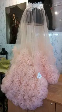 Diy Tulle Skirt, Diy Dress, Tulle Dress, Tulle Skirt Tutorial, Tutu Skirts, Girls Dresses, Flower Girl Dresses, Prom Dresses, Wedding Dresses