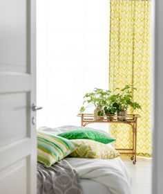 KUUSHTI ------------  Product: B L O M M A | L I M E Y E L L O W  Contemporary Scandinavian pillow cover in a stunning lime yellow and white geometric pattern. Perfect for a bright modern setting.  Details:  18 x 18 | 45 x 45cm approx Hand Made to order & zipped 100% High Quality Cotton from Sweden Cover only - we make to fit an 18 inner perfectly  Also available (to match): Fabric p/m: https://www.etsy.com/uk/listing/489715450 Samples: https://www....
