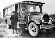 Viinikan Auto Oy:n Soldan-linja-auto vuodelta 1928.