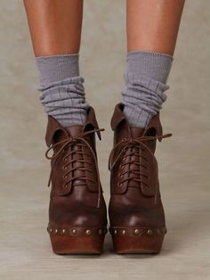 Image shared by Ivana Cizmic. Find images and videos about fashion, shoes and heels on We Heart It - the app to get lost in what you love. Sock Shoes, Shoe Boots, Ankle Boots, Women's Shoes, Heeled Boots, Lace Up Heels, Lace Up Boots, Brand Name Shoes, Platform Boots