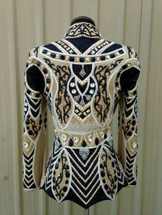 Beautiful black and gold Lindsey James showmanship jacket