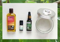 Comment utiliser des huiles essentielles et des huiles végétales pour notre beauté et notre bien-être au quotidien? Vous avez été nombreuses ces dernières semaines à me demander d'évoquer le sujet à la lumière de mon expérience personnelle. Comme tout ce qui touche à la santé, il est toujours un peu délicat de prodiguer des conseilsLire la suite…