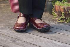Alegria Paloma Wine Embossed Rose - Now on Closeout! | Alegria Shoe Shop #AlegriaShoes #closeouts #sale