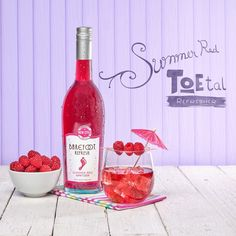 Our Summer Red TOEtal Refresher is perfect for when it's 100 degrees outside because it's refreshing! Summer Sangria, Sangria Wine, Spring Party, Summer Parties, Barefoot Wine, Barefoot Moscato, Wine Night, Refreshing Cocktails, Wine O Clock