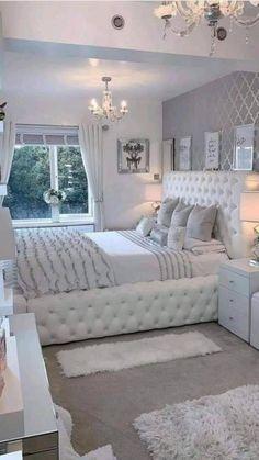 Cute Bedroom Decor, Bedroom Decor For Teen Girls, Cute Bedroom Ideas, Room Design Bedroom, Girl Bedroom Designs, Stylish Bedroom, Home Room Design, Bedroom Ideas For Women In Their 20s, Modern Elegant Bedroom