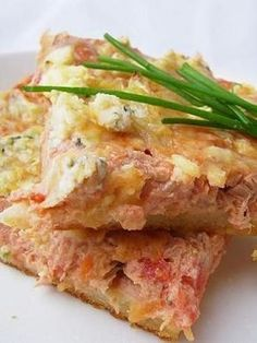 Tonnikalapiirakka - Ullanunelma Finnish Recipes, Savory Pastry, Good Food, Yummy Food, Savory Snacks, I Foods, Food Inspiration, Baking Recipes, Easy Meals