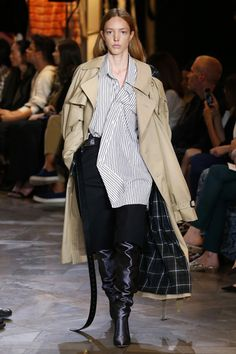 Vetements | Ready-to-Wear Spring 2017 | Look 13