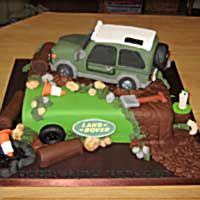 Land Rover cake by Cakes by Vanessa