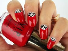 Cruella DeVille's Nails from http://polishcookies.blogspot.com/