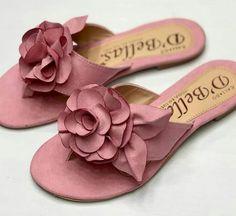 Slides Shoes Flats Sandals, Slipper Sandals, Cute Sandals, Shoe Boots, Flat Sandals, Flat Shoes, Custom Shoes, Beautiful Shoes, Wedding Shoes