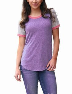 Let your style shine in ultimate comfort with the Dreamy Color Splicing Purple Tees Short Sleeves Round Neck from our website. One Piece Bikini, Black Women Fashion, Womens Fashion, Stylish Tops, Online Shopping For Women, Fashion Over, Clothing Items, Skinny Legs, Beautiful Outfits