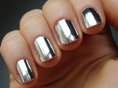 Reminds me of Sally Hanson chrome nail polish.   CoolNailsArt shows that there's no way you could get color this shiny without using foil wraps. ($1.80, Ali Express)