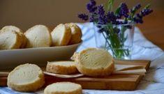 Citronové máslové sušenky neboli shortbread - TASTE Actually Lemon Crinkle Cookies, Shortbread Cookies, Crinkles, Christmas Baking, Hamburger, Almond, Food And Drink, Cheese, Recipes