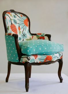 Ideas For Furniture Makeover Sofa Upholstered Chairs Funky Furniture, Furniture Makeover, Turquoise Furniture, Turquoise Chair, Furniture Ideas, Furniture Design, Poltrona Vintage, Pouf Design, Bergere Chair