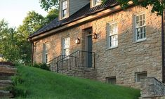 Romantic Getaways from St. Louis :: Stunning Inn on a Winery