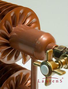 Badkamerradiatoren Designradiatoren Gietijzeren radiatoren Kranen – Spiralix RAO2 Horizontal Spiraalradiator Minimal Architecture, Plumbing Pipe, Radiators, Diy And Crafts, Interior Design, Modern, Katana, Product Design, Boat