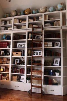 6 советов как обустроить домашнюю библиотеку.