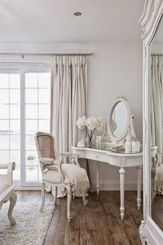 Magical Shabby Chic Interior Design Ideas - http://decor10blog.com/design-ideas/magical-shabby-chic-interior-design-ideas.html #shabbychicdressersideas