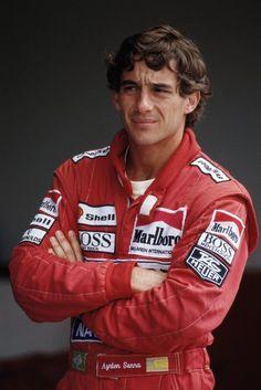 Er gilt bis heute als charismatischster Fahrer der Formel-1-Geschichte:  Ayrton...