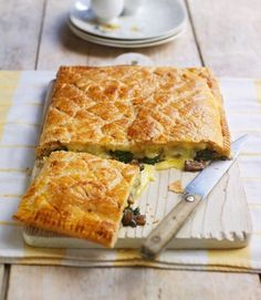 brie and wild mushroom tart Use readyrolled puff pastry to make this easy vegetarian tart recipe Try using Taleggio or Camembert instead of Brie and thyme or lemon thyme. Puff Pastry Recipes, Tart Recipes, Veggie Recipes, Cooking Recipes, Cooking Tips, Dinner Recipes, Puff Pastry Tarts, Soup Recipes, Lasagna Recipes