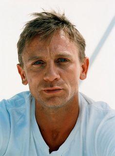 Daniel Craig ...those eyes...that pout...