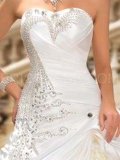 Glamorous Sweetheart Crystal Pick-ups Ball Gown Wedding Dress 4