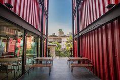Sleepbox Sukhumvit 22 Hostel, Banguecoque – Reserve com o Melhor Preço Garantido! 211 comentários e 35 fotografias esperam por si em Booking.com.