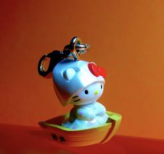 Hello Kitty Accessories, Table Lamp, Japan, Bride, Christmas Ornaments, Holiday Decor, Home Decor, Wedding Bride, Table Lamps