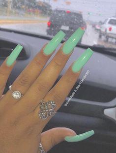 💧 grabbers ✨ in 2019 green nails, fire nails, nails. Summer Acrylic Nails, Best Acrylic Nails, Acrylic Nail Designs, Long Square Acrylic Nails, Long Square Nails, Acrylic Nails Green, Long Nail Designs Square, Summer Nails, Nail Swag