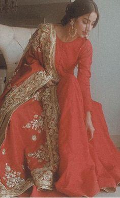 Pakistani Fashion Party Wear, Pakistani Wedding Outfits, Indian Bridal Fashion, Pakistani Wedding Dresses, Bridal Outfits, Bollywood Fashion, Dress Indian Style, Indian Dresses, Indian Outfits