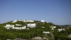 Esperos Village in Faliraki, Rhodes, The ideal hotel for couples and singles, from 16years who want to enjoy their holidays in a quiet, stylish and romantic place.