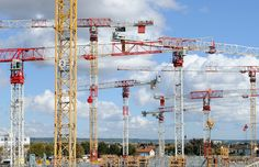 Chinese tower crane suppliers and manufacturers,Truemax,produce construction tower crane and building tower crane