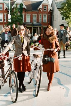 Tweed ride- the ride with no helmets is much classier than adelaide's tweed ride!