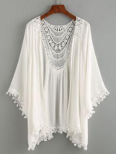 Summer Beach Style - Lace Trimmed Crochet Insert Kimono - White - Bra and Bikini Fashion Bohemian Mode, Hippie Boho, Bohemian Style, Boho Chic, Hippie Shoes, White Bohemian, Style Kimono, Estilo Hippie, Look Boho
