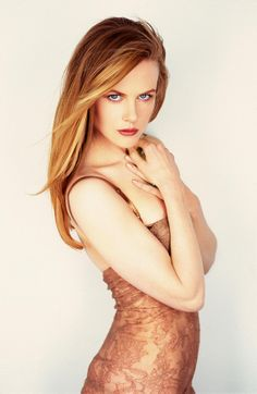 This is what I'd love my hair color to be more like, a young Nicole Kidman strawberry blonde :)