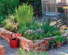 magaságyás | Kúszó zöldségek lehetőségei a veteményes kertben.