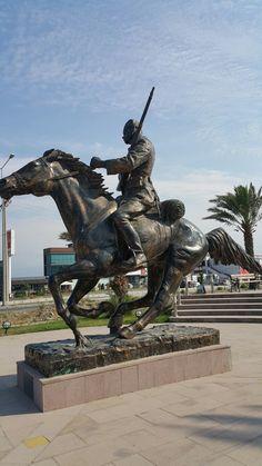 Balıkesir Burhaniye anıt
