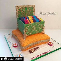 My amazing Mehndi cake by the one and only @sweet_jeelees . Would not have gone to anyone else for my events. I wanted a different type of mehndi cake so together we came up with this Bangle Box Cake. The finished product was amazing. Cant wait to see the Wedding Cake now! Bollywood Cake, Bollywood Party, Indian Cake, Indian Wedding Cakes, Mehndi Cake, Extreme Cakes, Bangle Box, Cake Style, Mehndi Decor