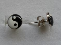$11 Italian Yin   925 Serling Silver Earrings, info@dasinu.ro