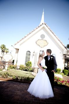 Chapel Of The Flowers Wedding Las Vegas Chapels Fl Design Bouquets Photography Weddin